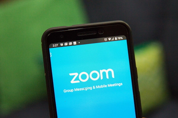 Zoom flaws systems hijacking