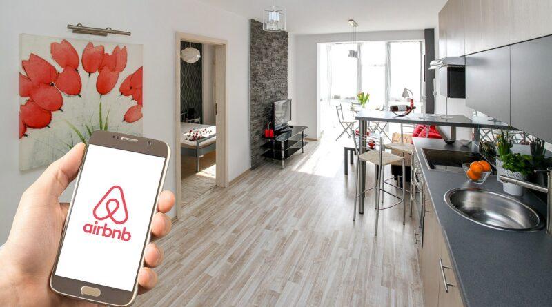 Airbnb exposed data leak